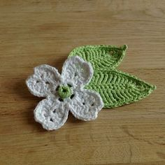 Dogwood Flower and Leaf pattern by Suvi  FREE PATTERN as at 13th June 2015