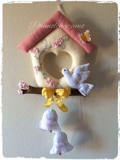 Felt Crafts Diy, Easter Crafts, Sewing Crafts, Arts And Crafts, Felt Ornaments, Christmas Ornaments, Diy Baby Gifts, Felt Baby, Felt Birds