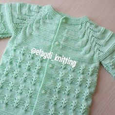No automatic alt text available. Easy Knitting Patterns, Knitting For Kids, Knitting Designs, Baby Patterns, Baby Knitting, Crochet Baby, Knit Crochet, Crochet Patterns, Baby Vest