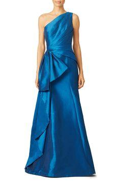 ML Monique Lhuillier Sidecar Gown #renttherunway #oneshouldergown #MLmoniquelhillier