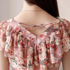 cf4709ff27b 2018 Fashion Summer Blouses Women Shirts Plus Size Floral Tops Ladies Short  Sleeve Chiffon Blusas Feminina