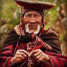 Peru knitting