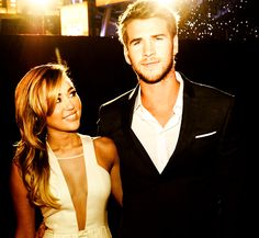 i love Miley and Liam! Why did he have to i and jilt her?!?! Ughhh