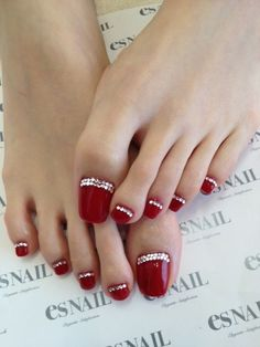Cute christmas toe nail art designs nail and hair care tips and reverse french tip toe nails this looks gross those toe nails need to be cut prinsesfo Image collections