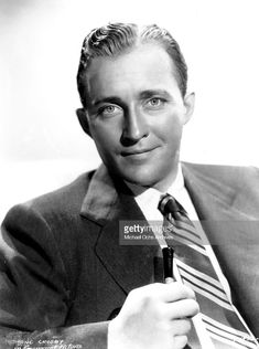 CIRCA Entertainer Bing Crosby poses for portrait in circa (Photo by Michael Ochs Archives/Getty Images) Vintage Hollywood, Classic Hollywood, Bing Crosby, Entertaining, Poses, Portrait, Actors, Figure Poses, Headshot Photography