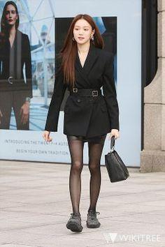 Lee Sung Kyung Fashion, Lee Sung Kyung Style, Joo Hyuk, Girls World, Yg Entertainment, Korean Drama, Korean Girl, Latest Fashion Trends, Kdrama