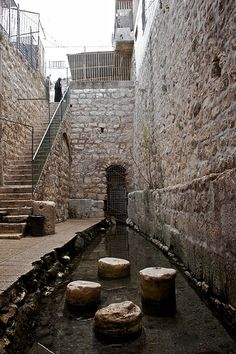 I stood right there, came through the tunnel. This is the pool of siloam where Jesus healed a blind man. The tunnel is the tunnel of Hezekiah