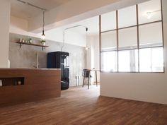 Dining Door Dividers, Steel Windows, Steel Frame, Home Deco, Showroom, Home Kitchens, Kitchen Ideas, Doors, Crystals