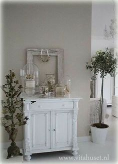 taupe muur, #taupe interieur More