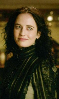 "Eva Green | 'Penny Dreadful' S2E4 ""Evil Spirits in Heavenly Places"""