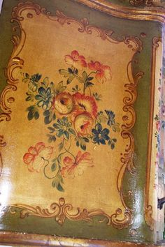 Antique Italian Painted Venetian Furniture