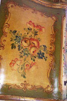 Antique Italian Painted Venetian Furniture