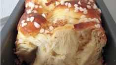 Q-e-zine: Brioche moelleuse et filante - Fanny Berger - Sweet Cooking, Cooking Chef, Cooking Recipes, Breakfast Desayunos, Masterchef, Bread And Pastries, Love Food, Sweet Recipes, French Recipes