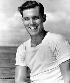 The dashing looking film/TV actor/producer Jeffrey Hunter was born today 11-25 in 1926.  Some of his films included The Searchers, King of Kings and The Longest Day. He was married at one point to actress Barbara Rush which is when I knew him. He passed in 1969 after a fall and striking his head.