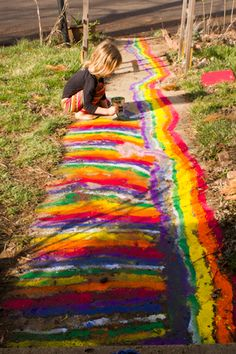 Let your kid paint the sidewalk. Can't wait to do this w/ Zee!