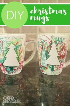 30 minute DIY gift: Christmas Mugs from kids to Grandparents! Gifts for parents Christmas DIY Mugs for Kids - Diy Christmas Mug Gifts, Christmas Presents For Grandparents, Toddler Christmas Gifts, Diy Holiday Gifts, Diy Gifts For Kids, Preschool Christmas, Kids Craft Christmas Presents, Kids Diy, Gift For Parents