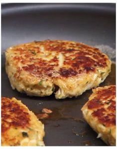Crab Cake Recipes, Salmon Recipes, Fish Recipes, Tilapia Fish Cakes Recipe, Best Crab Cake Recipe Ever, Crab Pie Recipe, Crab Balls Recipe, Lump Crab Meat Recipes, Homemade Crab Cakes