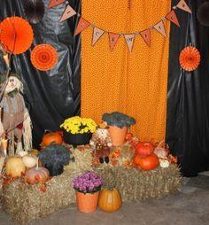 "Create a halloween ""photo"" station"