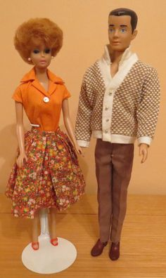 My 1964 Bubble Cut Barbie & Painted Hair Ken. These two dolls look like my parents in just before they got married :). Barbie Skipper, Barbie And Ken, Barbie Dress, Barbie Clothes, Vintage Barbie, Vintage Dolls, Ken Doll, Hair Painting, Playing Dress Up