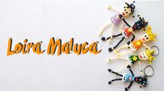 Loira Maluca de Miçangas - Tutorial Passo-a-Passo Beaded Animals, Origami, Hello Kitty, Arts And Crafts, Beaded Bracelets, Youtube, Beads, Creative, Jewelry