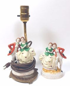 Occupied-Japan-Lamp-Colonial-Couple-and-Matching-Figurine-Porcelain-Maruyama-Vtg