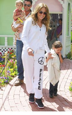 the fact that she can wear this outfit and still look bangin is what makes her Jennifer Lopez