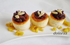 Blog de cuina de la dolorss: Volovanes de manzana y butifarra negra
