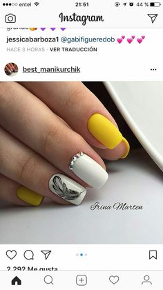 Cute Nail Art, Nail Art Diy, Diy Nails, Cute Nails, Pretty Nails, Feather Nail Designs, Feather Nails, Yellow Nail Art, Nail Art Designs Videos