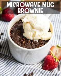This microwave mug brownie is the perfect solution when that late night chocolate craving hits. Its a perfect quick and easy dessert that only takes a couple minutes to make! Mug Brownie Recipes, Brownie In A Mug, Mug Recipes, Vegan Recipes, Chocolate Mug Brownies, Chocolate Sweets, Chocolate Recipes, Hot Desserts, Best Dessert Recipes