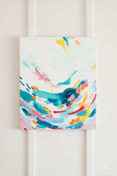 Dwell Beautiful overcomes fear and doubt and refamiliarizes her self with the arts by creating this abstract painting using acrylic paints for the monthly DIY challenge.