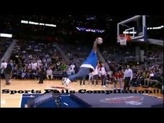 Fat Fail jump Basketball dunk (HD) - So Funny Epic Fails Pictures Bizarre Pictures, Epic Fail Pictures, Trivia, Sports Fails, Nba Funny, Hilarious, Daily Video, Video 4, Video Clip