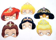 More Disney princesses masks with tiara! Imprimibles Toy Story Gratis, Heros Disney, Glove Puppets, Fiestas Party, Party Fiesta, Disney Princess Birthday, Family Movie Night, Party Props, Photo Booth Props