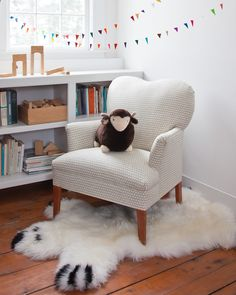 A sweet rug, throw or chair cover for wintertime. Instantly create a super cozy lounge area for playing and reading or just rolling around. High quality New Zealand sheepskin.