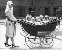 Baby Trend Sit N Stand Double Stroller Vintage Children Photos, Vintage Pictures, Old Pictures, Vintage Images, Old Photos, Black White Photos, Black And White Photography, Vintage Abbildungen, Baby Buggy