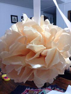 Bolas de papel crepe