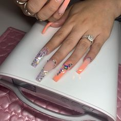 Charming Almond Shaped Nails Colors Ideas You Need To Copy Immediately - Short acrylic nails coffin-Copy - Aycrlic Nails, Glam Nails, Bling Nails, Stiletto Nails, Perfect Nails, Gorgeous Nails, Pretty Nails, Nail Swag, Nagel Bling