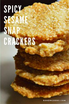 Spicy sesame snap crackers: easy to make, easier to eat! Sesame Recipes, Fruit Recipes, Snack Recipes, Candy Recipes, Paleo Recipes, Easy Snacks For Kids, Easy Food To Make, Spicy Crackers, Bread Appetizers