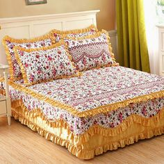 Bed sheets are very significant materials of our bedroom decor which protect our mattresses. Lace Bedding, Bedding Sets, Draps Design, Bed Wrap, Bed Cover Design, Designer Bed Sheets, Living Room Decor, Bedroom Decor, Diy Bett
