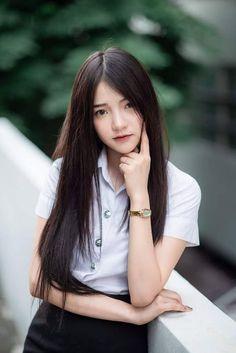 Pretty Asian Girl, Cute Korean Girl, Cute Asian Girls, Beautiful Asian Women, University Girl, School Girl Japan, Cute Girl Pic, Grunge Girl, Poker Online