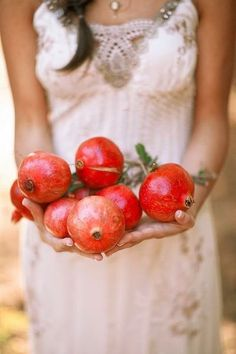 Held with Love (Ana Rosa) Giving Hands, Yalda Night, Grenade, Fruits And Vegetables, Citrus Fruits, Little Gifts, Farmers Market, Beautiful Images, Harvest