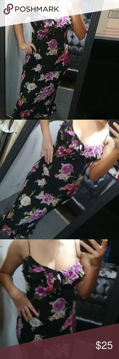 Gorgeous Floral Maxi Dress In very great condition size says small, but fits up to a medium, snugs the body so great very comfortable and great for any occasion. 100%Rayon fabric. Dress Barn Dresses Maxi