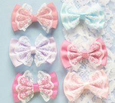 Pastel lace bows