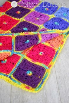 Squarilicious Blanket crochet pattern by Susan Carlson of Felted Button