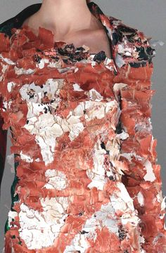 Decorative surface pattern & texture design in fashion - dress inspired by nature #art #textiles Chalayan
