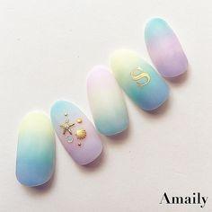 ゴールドのアルファベットシールはとても使えます♡ #Amaily #アメイリー #nails #nailart #nailswag #nailaddict #nailstickers#nailstagrm #instanails #gelnail #gelnails #gelnailart #japanesenailart #kawaiinailart#kawaii#manicure#ネイル#ネイルアート#イニシャルネイル#夏ネイル#ネイルシール#ジェルネイル#セルフネイル#セルフ#ジェル#シンプルネイル#大人ネイル