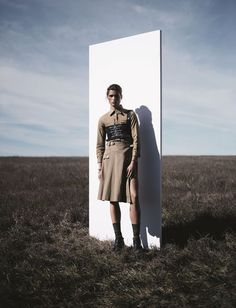ce7cc9b7e492 Jan Welters for the Express Styles magazine. Military Chic