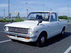 Mini Trucks, Japanese Cars, Pickup Trucks, Old Cars, Old School, Toyota, Classic Cars, Automobile, History
