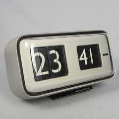 Clock Numbers, Retro Clock, Digital Clocks, Space Age, Mid Century Style, Flip Clock, Icon Design, Product Design, Gin