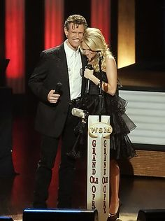 Grand Ole Opry Live randy Travis invites Carrie Underwood to become a member- Bing Images Country Musicians, Country Artists, Country Singers, Live Country Music, Country Boys, Porter Wagoner, The Oak Ridge Boys, Randy Travis, Charlie Daniels