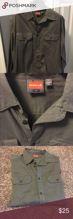 Men's long sleeve shirt! 👔 Men's Merrell long sleeve shirt, only worn a few times! 👔 Merrell Shirts Casual Button Down Shirts